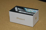 New & authentic Apple iPhone 4 32GB (factory unlocked)